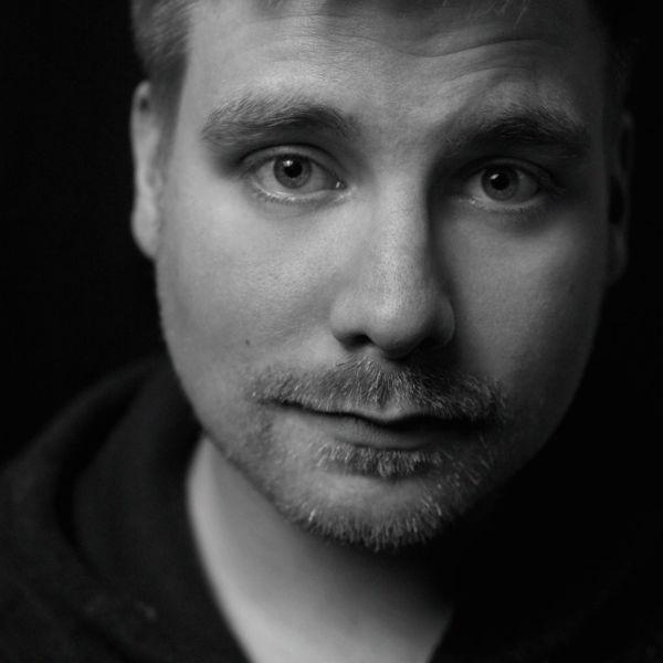 Andrias Høgenni